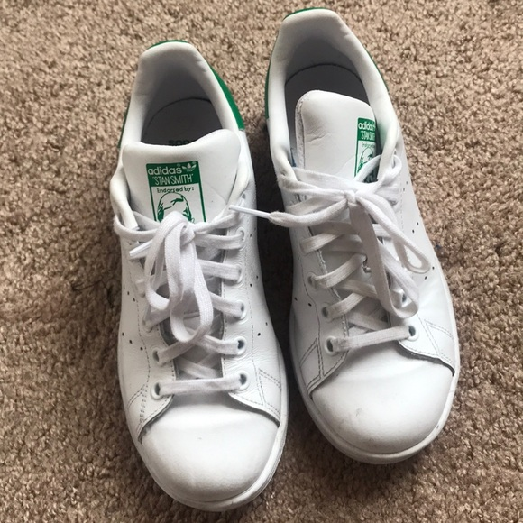 sports shoes 4eb99 1d318 Adidas Stan Smith with Green Trim